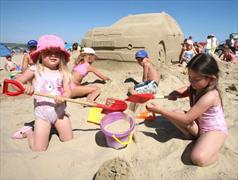 Пляж «только для детей»