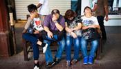 В Китае массово отменяют туры в Россию